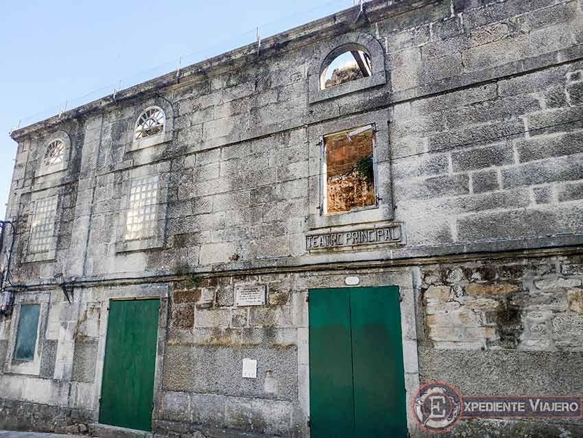 Visitar la Catedral de Tui y el teatro
