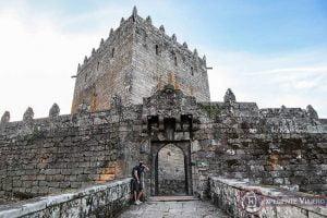 Visitar el Castillo de Soutomaior y sus jardines