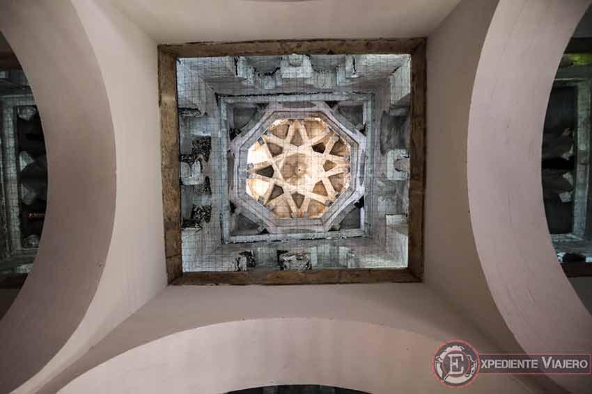 Bóvedas del techo de la Mezquita del Cristo de la Luz