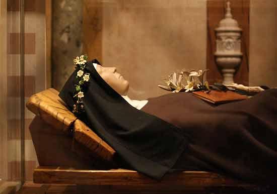 Historia del Toledo medieval: Momias y cuerpos incorruptos