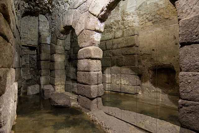Historia de la Toledo medieval: La Cueva de Hércules