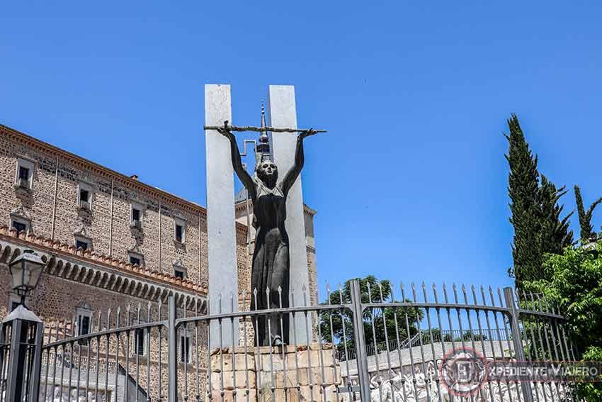 Monumento a la Gesta del Alcázar