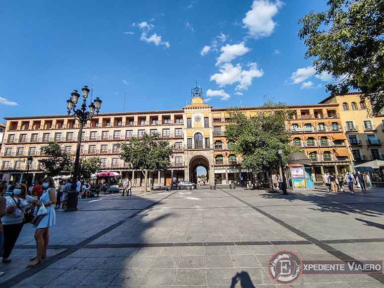 Qué ver en el casco histórico de Toledo: Plaza de Zocodover