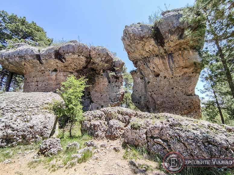 Los Amantes de Teruel durante la ruta por la Ciudad Encantada