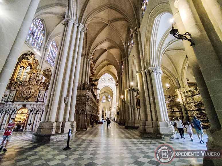 Nave de la Catedral de Toledo